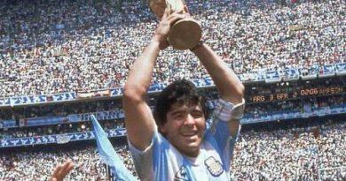 体坛巨星马拉多纳(Diego Armando Maradona)去世,享年60岁